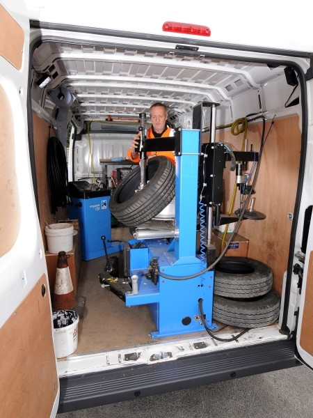 Mobile Tyre Fitting Near Me 24 Hour Mobile Tyre Fitting