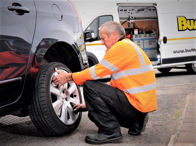 Bush mobile tyre fitting service