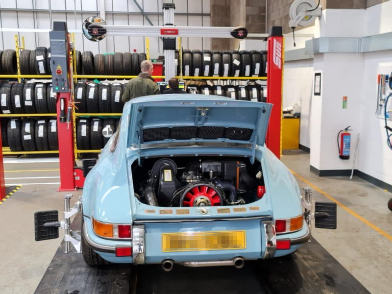 1977 Porsche 911 3.2 wheel alignment | Bush Tyres