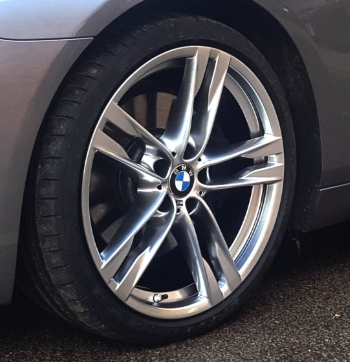 Refurbished alloy wheel repair near me - Powder Coated